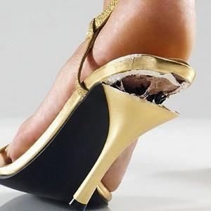 Возврат обуви в магазин: как правильно, образец претензии