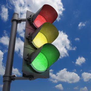 Проезд на запрещающий сигнал светофора: штраф и ответственность