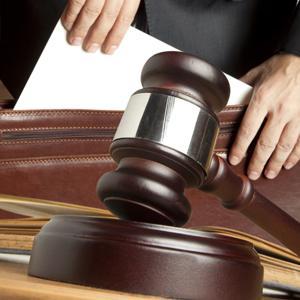 Суд со страховой компанией длится