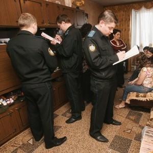 Как происходит арест имущества судебными приставами