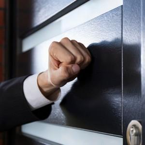 Правила и секреты общения должников с коллекторами: как разговаривать