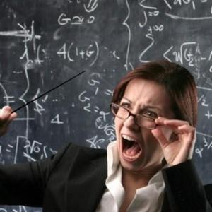 На чьей стороне закон, если ученик оскорбил учителя