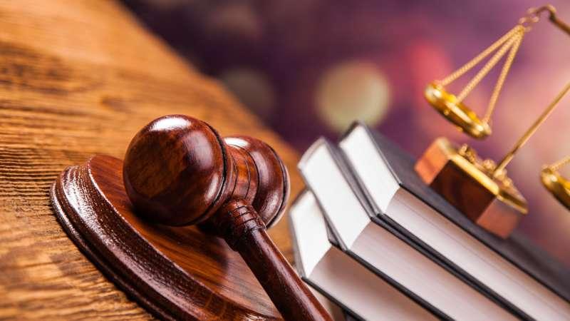 Оскорбление представителя власти: ответственность по ст 319 УК РФ
