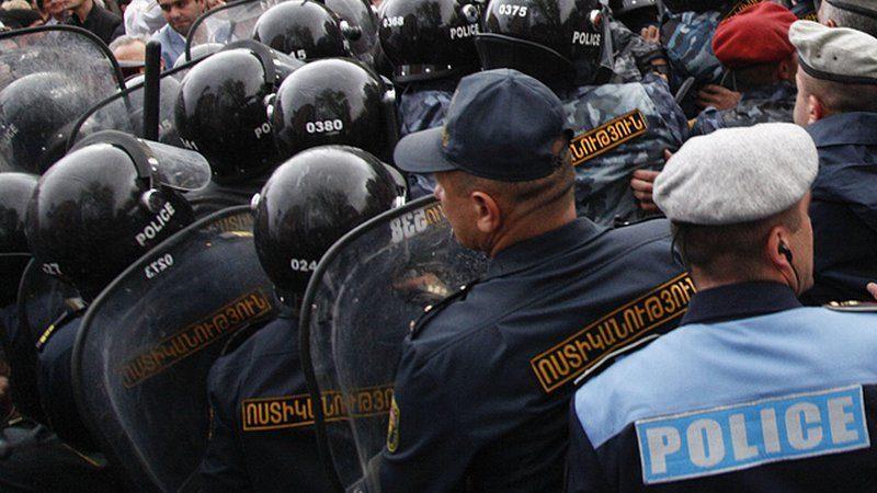 Какую ответственность несут организаторы и участники вооруженного мятежа в России