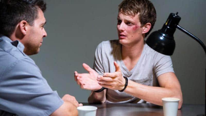 Как проводится допрос несовершеннолетних свидетелей и какие у них есть права