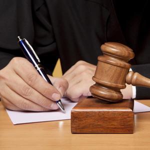 Какие вопросы разрешаются судом при постановлении приговора в уголовном процессе