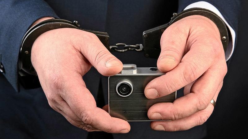 Ответственность за незаконный оборот и сбыт специальных технических средств для негласного получения информации