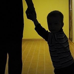 Когда по закону могут отобрать ребенка и что делать родителям