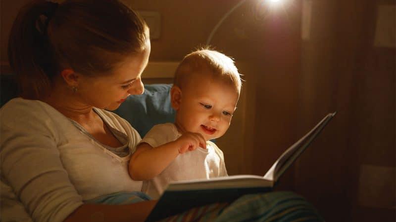 Как производится запись родителей ребенка в книгу записей рождения