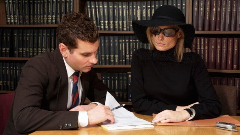 Имеет ли бывшая жена право на наследство после смерти мужа