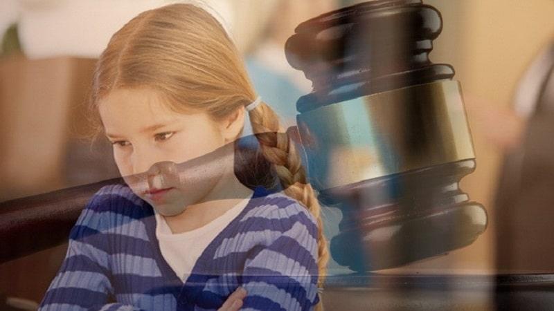 Кто может требовать отмены усыновления ребенка и какой порядок установлен семейным кодексом